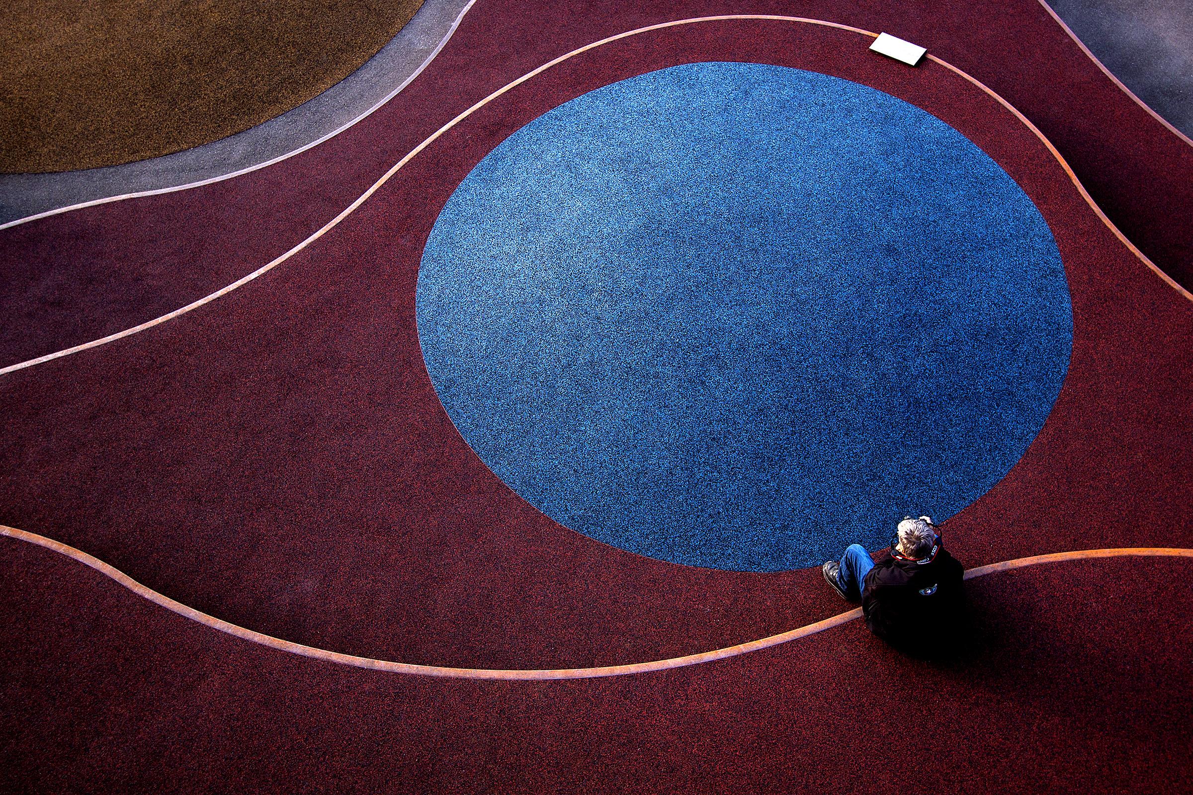 Blue Circle, Nicolai Godvin